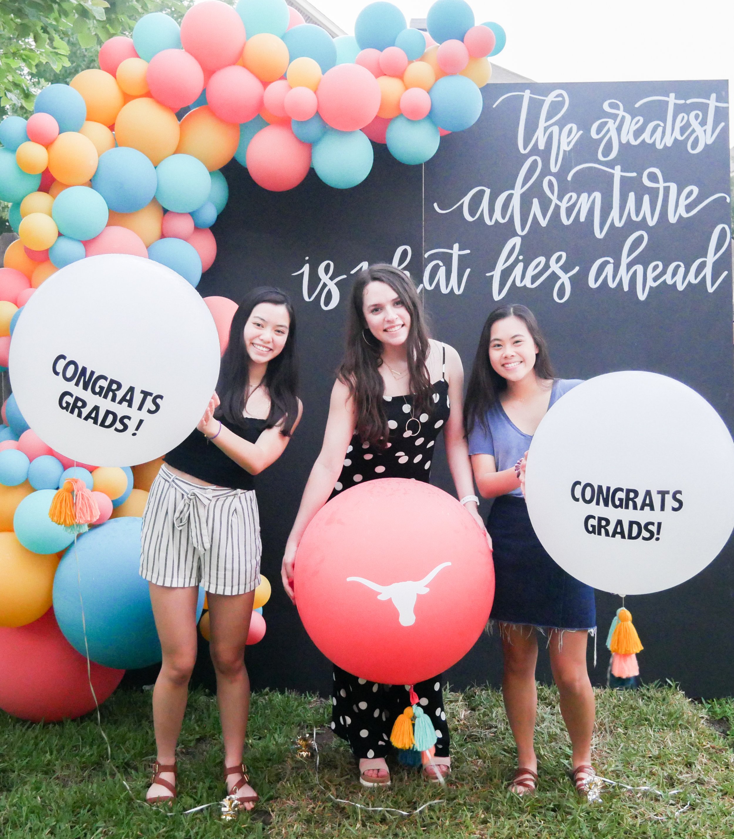 Big Balloons are the best photo booth prop for a graduation party photo booth. See more from this Grad Party on Mint Event Design www.minteventdesign.com #graduationparty #graduationpartyideas #graduation #gradparty #gradpartyideas #partyballoons #balloongarland #photobooth #photobackdrop