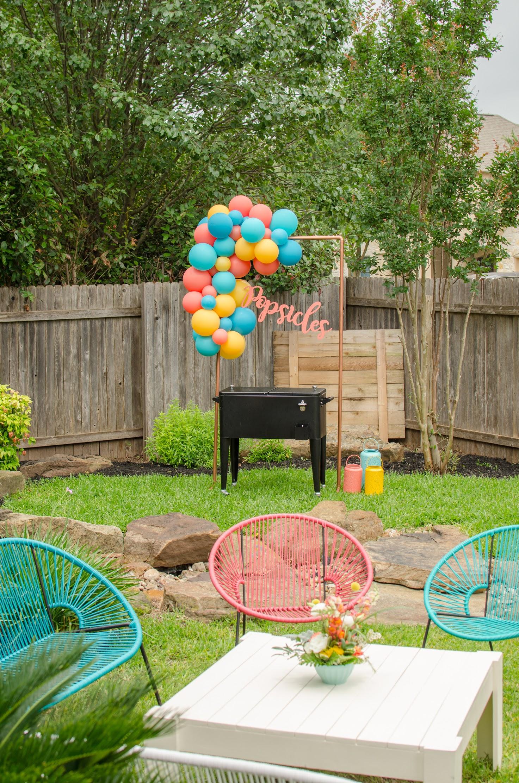 Backyard garden graduation party ideas from Mint Event Design www.minteventdesign.com