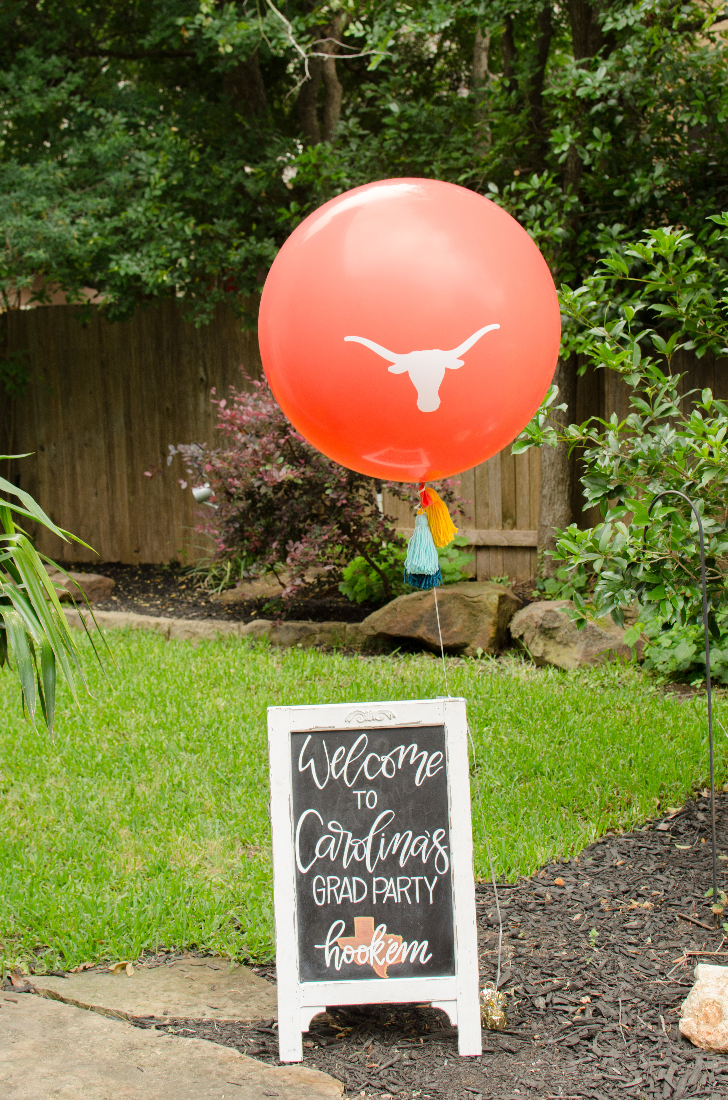 Texas Graduation Party ideas from Mint Event Design - can't forget about an oversized balloon with the Texas Longhorn on it. See more from this Grad Party on Mint Event Design www.minteventdesign.com #graduationparty #graduationpartyideas #graduation #gradparty #gradpartyideas #partyballoons
