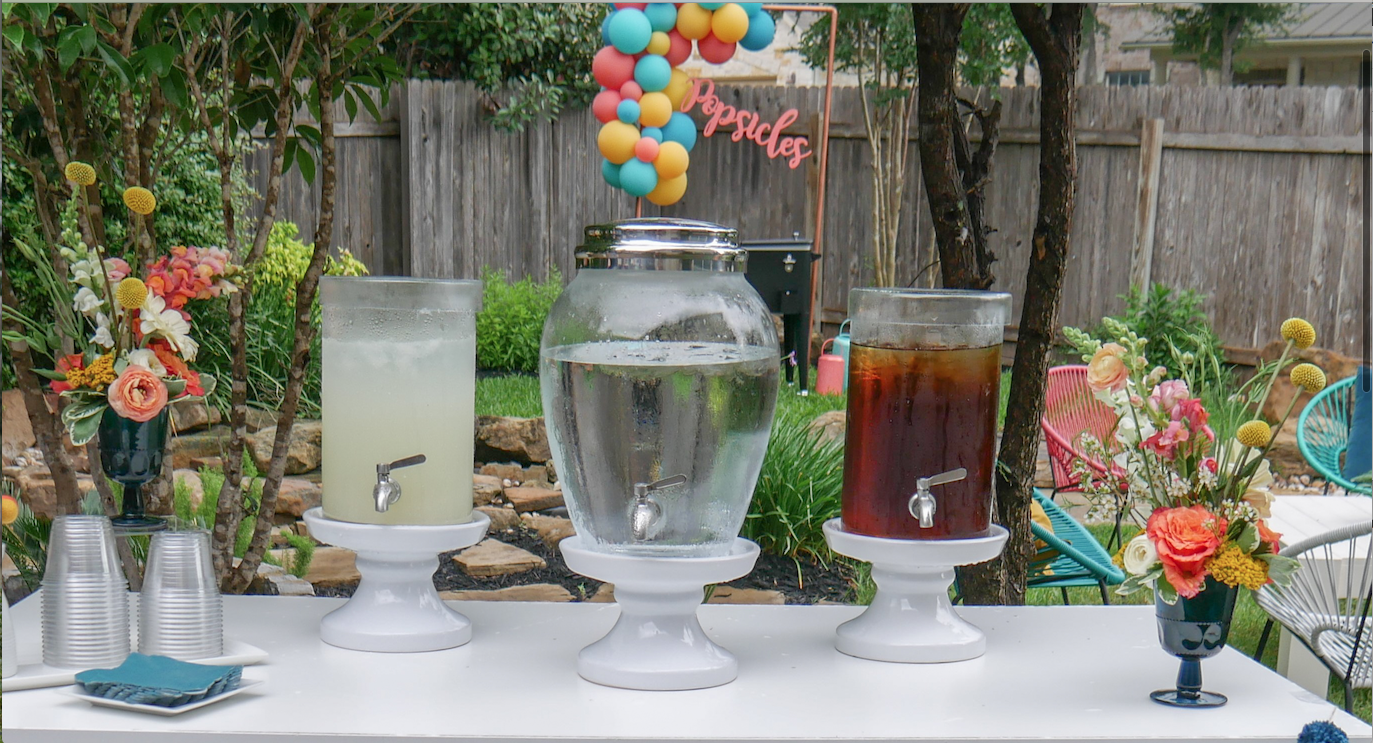 Beverage station ideas for backyard party