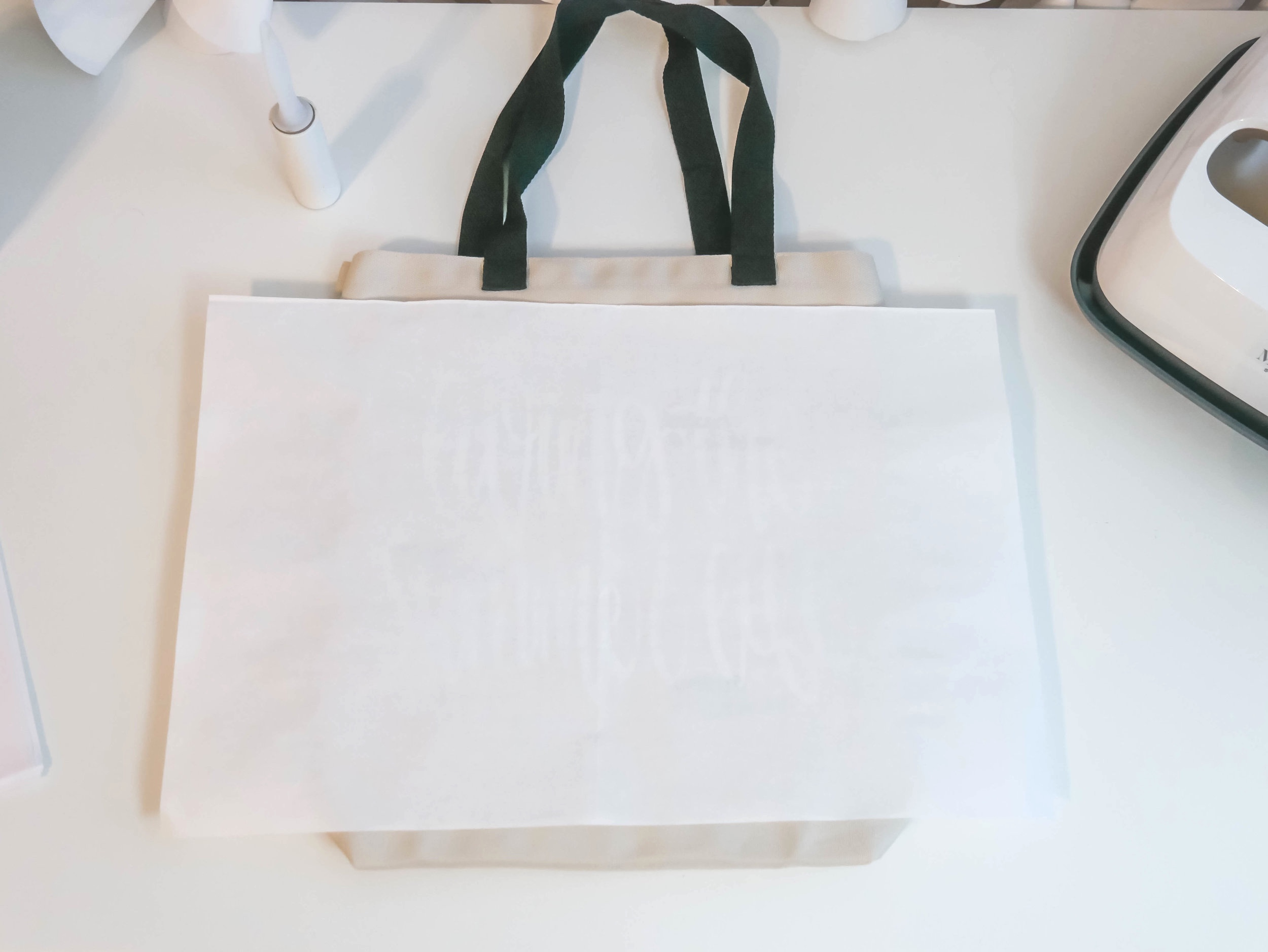 How to use Cricut's Infusible Ink available at Michaels : Ideas from Mint Event Design, Cricut DIY, Cricut Infusible Ink DIY and How to, step by step infusible Ink DIY