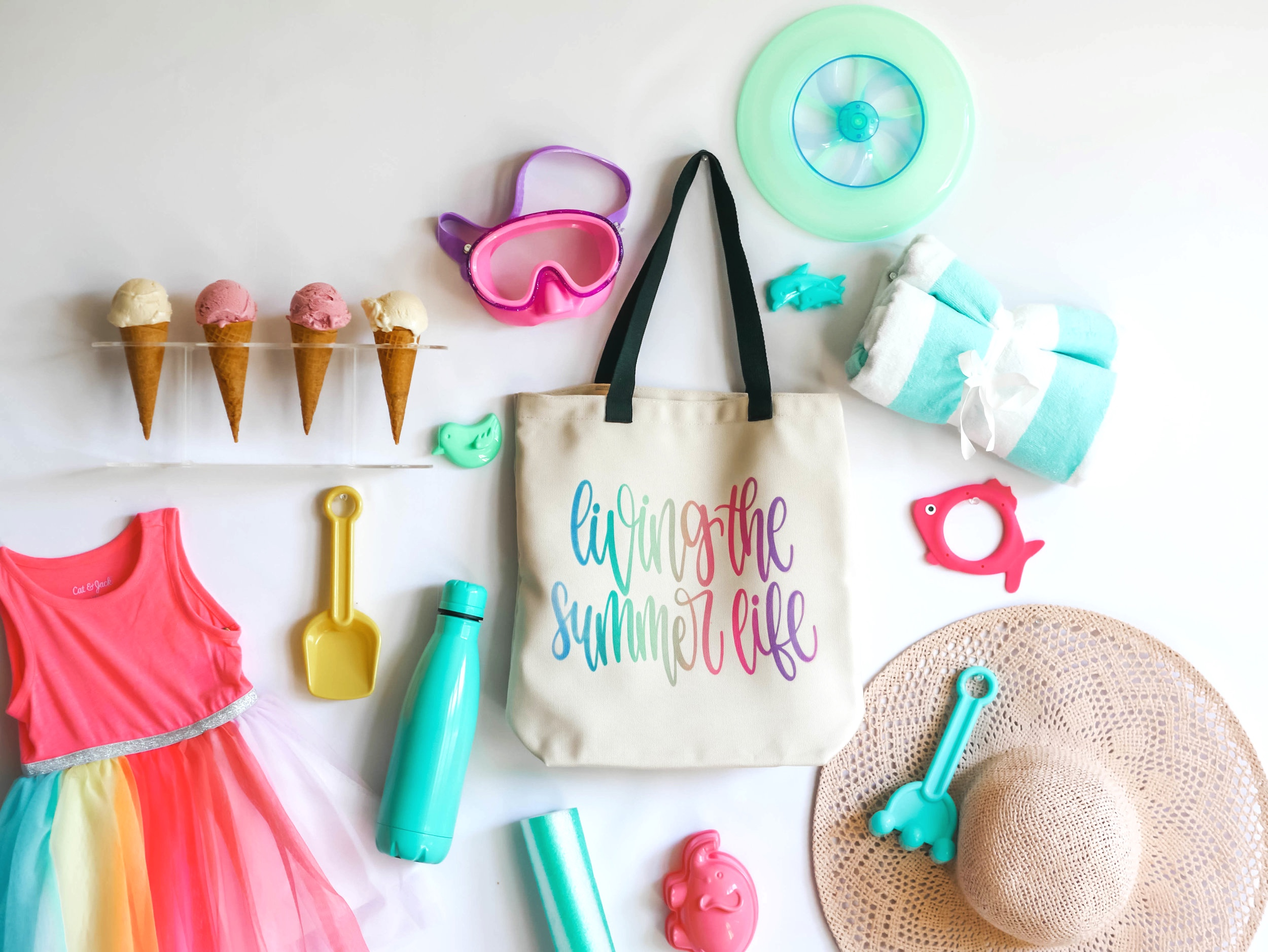 DIY Tote Bag idea from Mint Event Design, How to use Cricut's Infusible Ink available at Michaels : Ideas from Mint Event Design, Cricut DIY, Cricut Infusible Ink DIY and How to, step by step infusible Ink DIY
