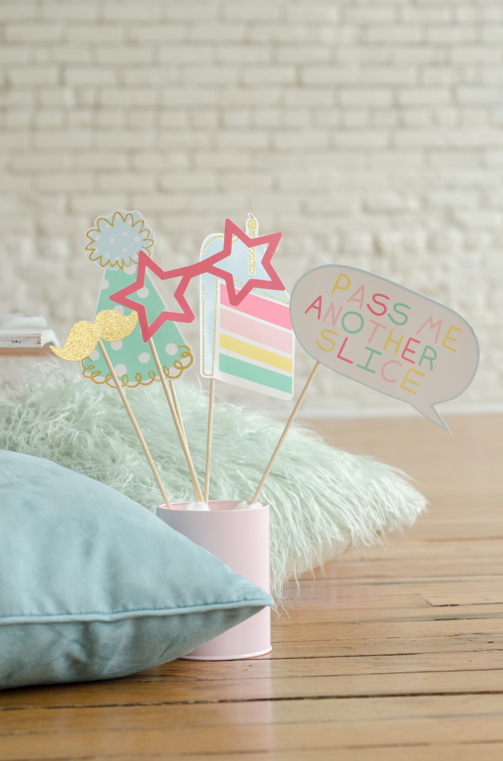 Cute photo booth props for a fun birthday party