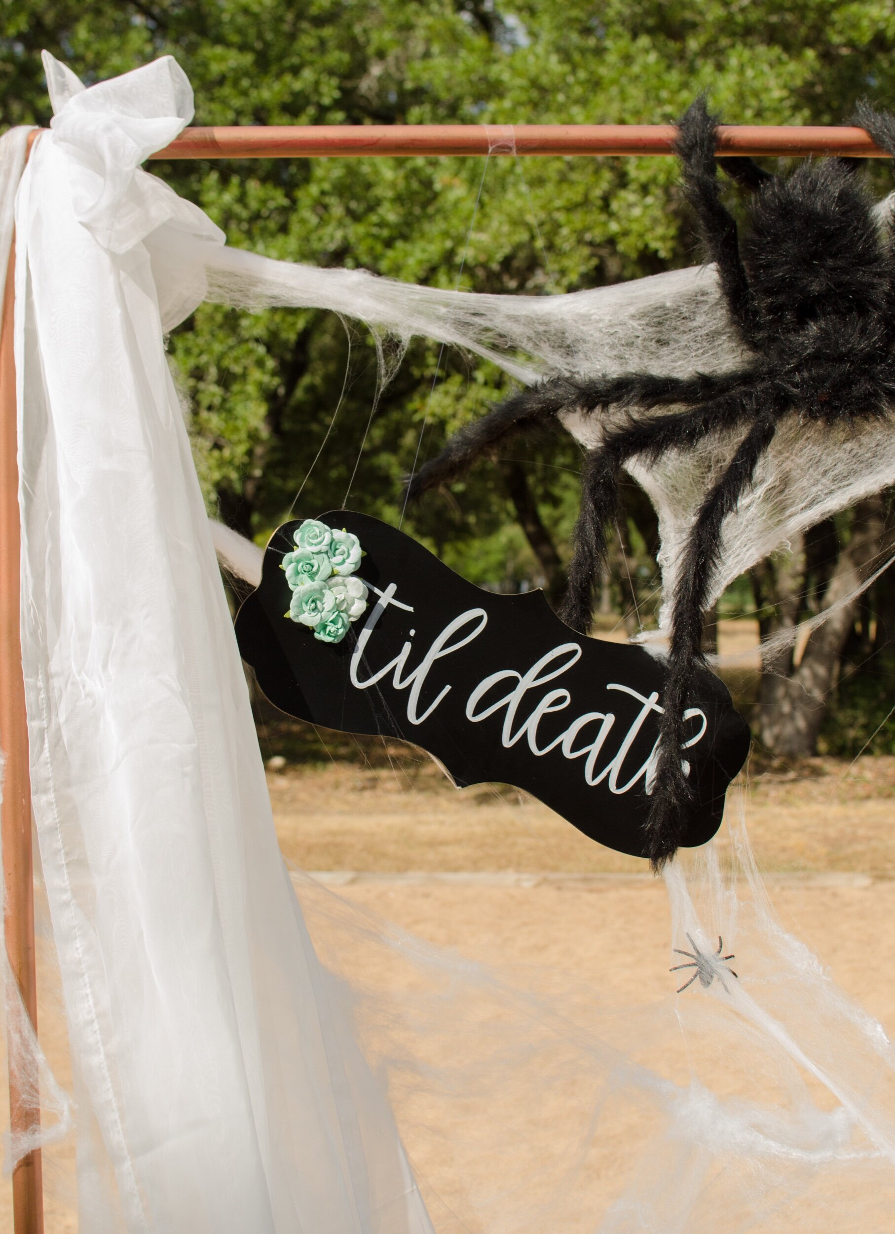 Gothic wedding sign ideas from Mint Event Design