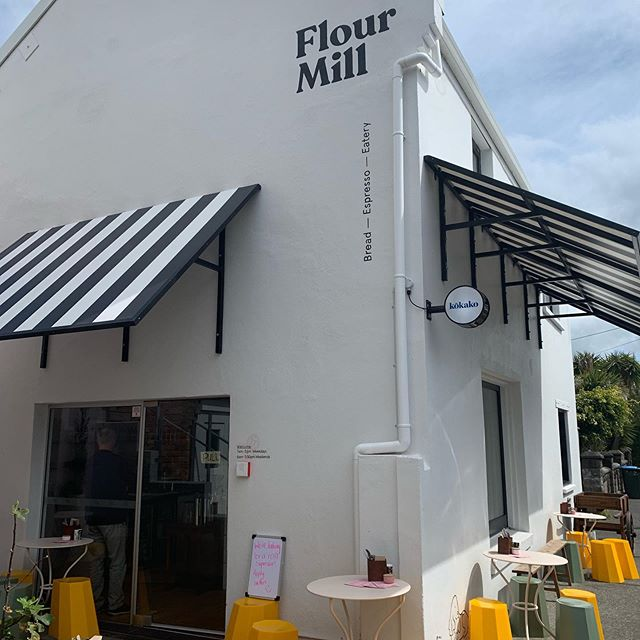 Great lunch with Ange at the Flour Mill Cafe. A real nostalgia trip... they were playing songs from the 80's...Depeche Mode, The Cure etc