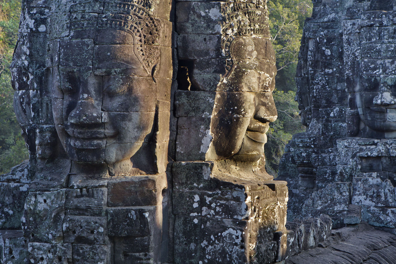 Giant Buddha heads