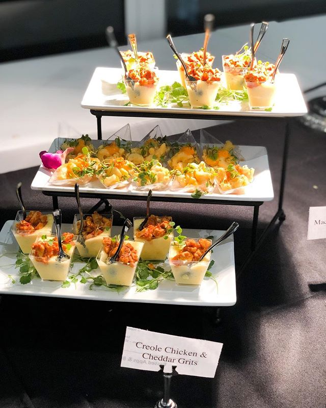 Catered Event For @nike After Party w/ @chefabyssinia . . . •Three Cheese Baked Mac topped with Sweet Potato Puree & Toasted Panko BreadCrumbs •Vegan Spinach Artichoke Cups •Creole Chicken & Cheddar Grits