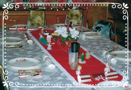 Christmas table ready and waiting