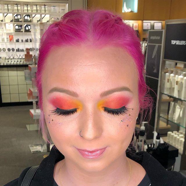 She's headed to meet @rupaulofficial tonight at @foxspokane I love delivering on a special request. She really brightened my day. . . . . #muatata #NatashaShallbetter #SpokaneMakeupArtist #NoRules #MakeupByMe #MakeupArtist  #iSlay #thatpnwlife #spokane #spokanedoesntsuck  #MyArtistCommunity #ShowMeYourTips #TeamNordstromSpokane #teamwaak #theanswerisyes #myartistcommunity #nwaimtoinspire @maccosmetics #macspokaneartistry #nordstromspokane