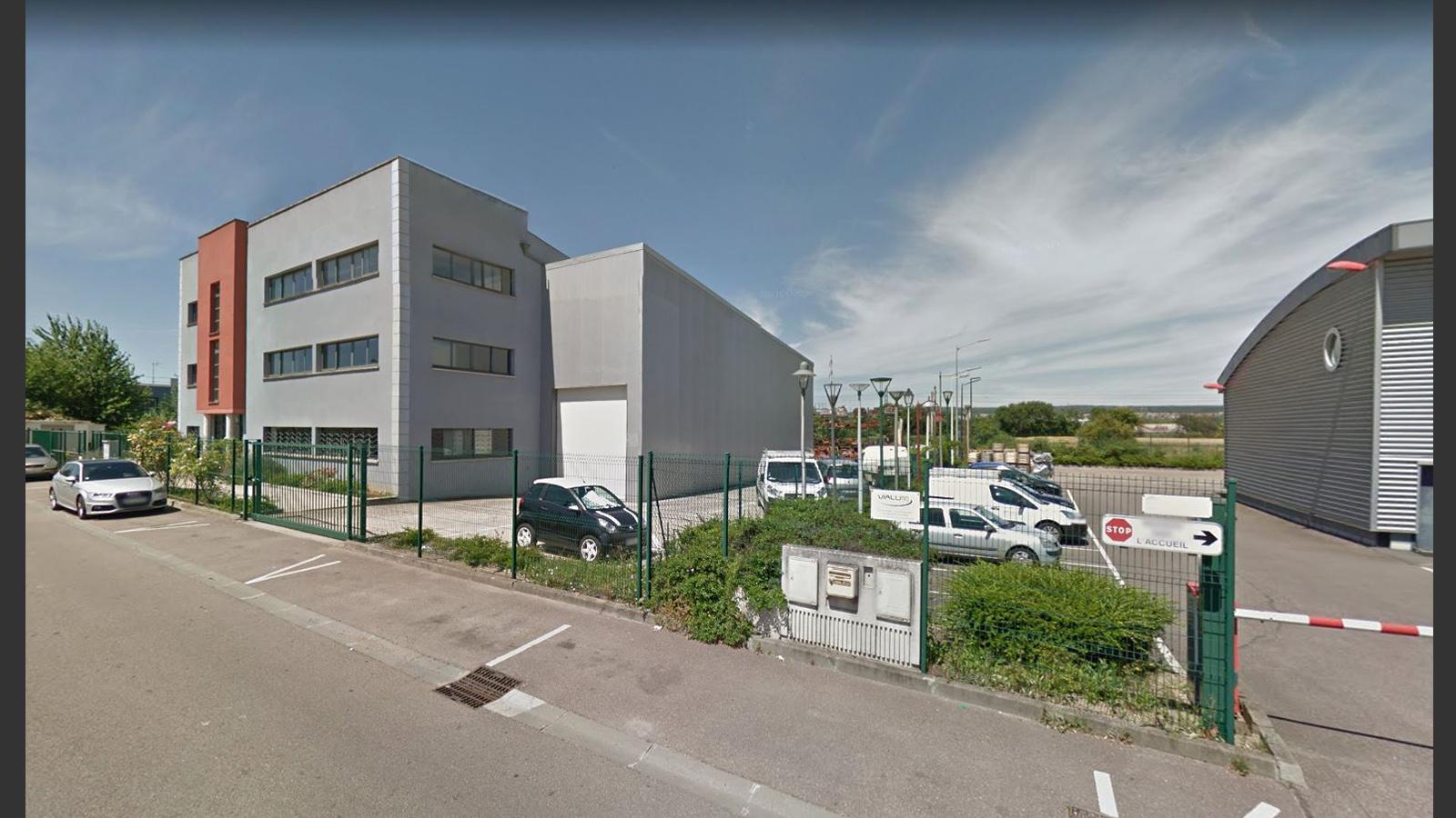 Bureaux et atelier Meziere sur Seine France. Atelier Messaoudi architecture aménagement et design. Bureau d'étude Algérie.