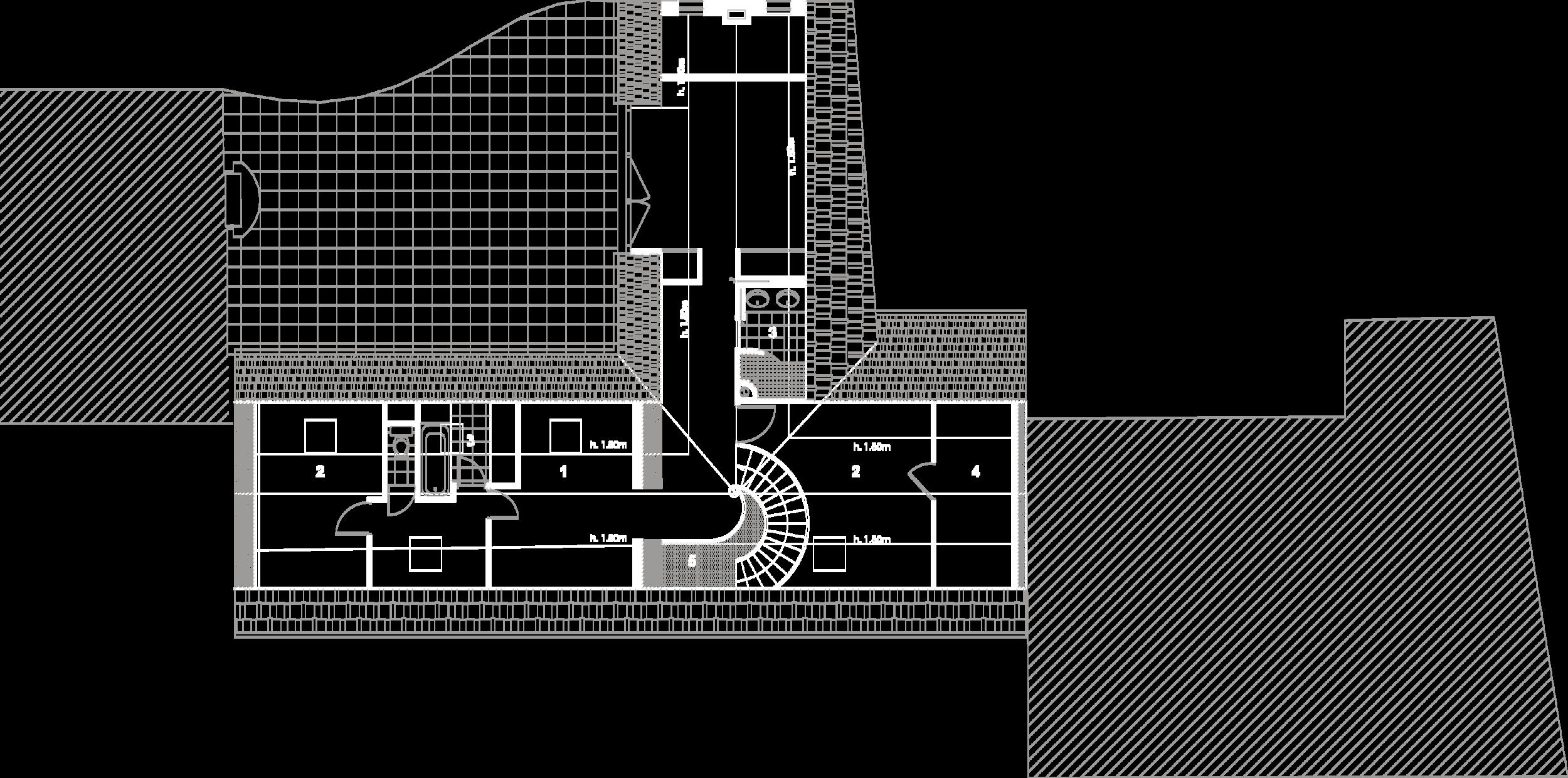 Plan du premier étage :  1- Salle de jeux, 2- Chambre, 3- Salle de bain, 4- Rongements, 5- Vide sur entrée.
