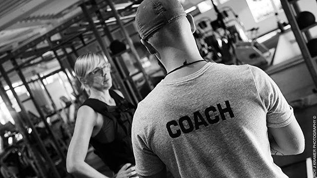 🏋🏋Bonjour à tous les muscles qui me suivent et me soutiennent !🏋🏋 💥Du Personal Training de qualité ! Par un Coach Certifié ! 💥Le privilège, est d'avoir un coach rien que pour toi ! 🏋Qui fera tout en fonction de tes objectifs, de tes antécédents médicaux et tes capacités physiques...🙏👌🏋 💥Si vous vous engagez pour 6 mois à raison de 3×/sem. minimum vous aurez votre séance chez le nutritionniste offerte ! 🎁🎊 Tout est pris en charge ! 💥Qui veut être bien pour Summer 2018✋  Alors c'est maintenant que ça commence ! 🏋💪💥 💥Venez me voir si vous êtes chaud pour des coachings ! 👊 Spécialités : 🔹Perte de poids 🔹Renforcement musculaire 🔹Reconstruction de la sangle abdominale 🔹Hit training 🔹Explosivité 🔹Réadaptation alimentaire 🔹....👊💥👍👌💪🏋 💥Un COACHING SUR MESURE! En fonction de vous et seulement VOUS ! 💥Venez me retrouver pour reprendre votre vie et votre santé en main !!!! 💥Ne perdez plus de temps !!! Il faut agir maintenant et avec moi ! 💥Alimentation et complément alimentaire ??? @avi_fitness_shop !!!! 😉💪🏋 💥Code promo : 💥Hughes Clara ! ✔Instagram: hughes.clara ✔Facebook : Hughes Clara - Personal Trainer à domicile !👍 BUILD YOUR BODY? YES WE CAN!!! 💪🏋🏋🏋 #instago #instame #bodyenconstruction #coachinglifestyle #booty🍑 #followme #shape #basicfit #personaltrainer #waterloobelgium #abstractart #instafitness #fitnessaddicts #healthy #personal #teamshapeevolution #personaltrainerlife #aesthetics  #naturalbody #fitnesslife #gymlife #fitgirlcode #fitnessgirl #objectifs2018 #momfit #fitspo #fit #coachdeluxe #coachpro