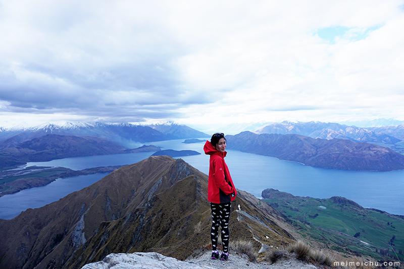 Hiking Roys Peak in New Zealand