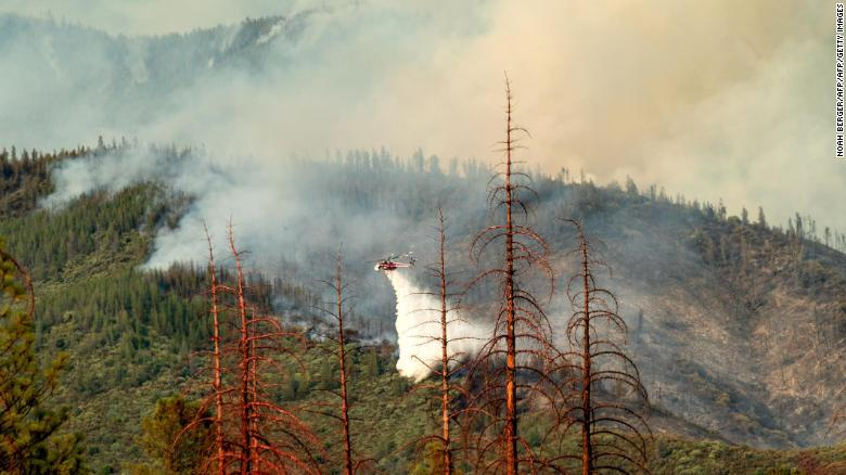 Photo @CNN. Ferguson Fire in the Stanislaus National Forest on July 22.