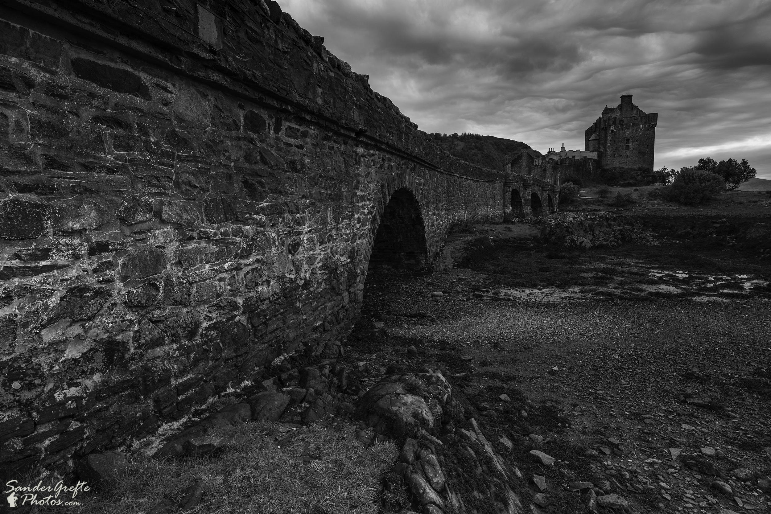 De brug naar Eilean Donan Castle (Nikon D7200, 12mm, iso 100, f10, 1/6s met NiSi 0.9 GND)