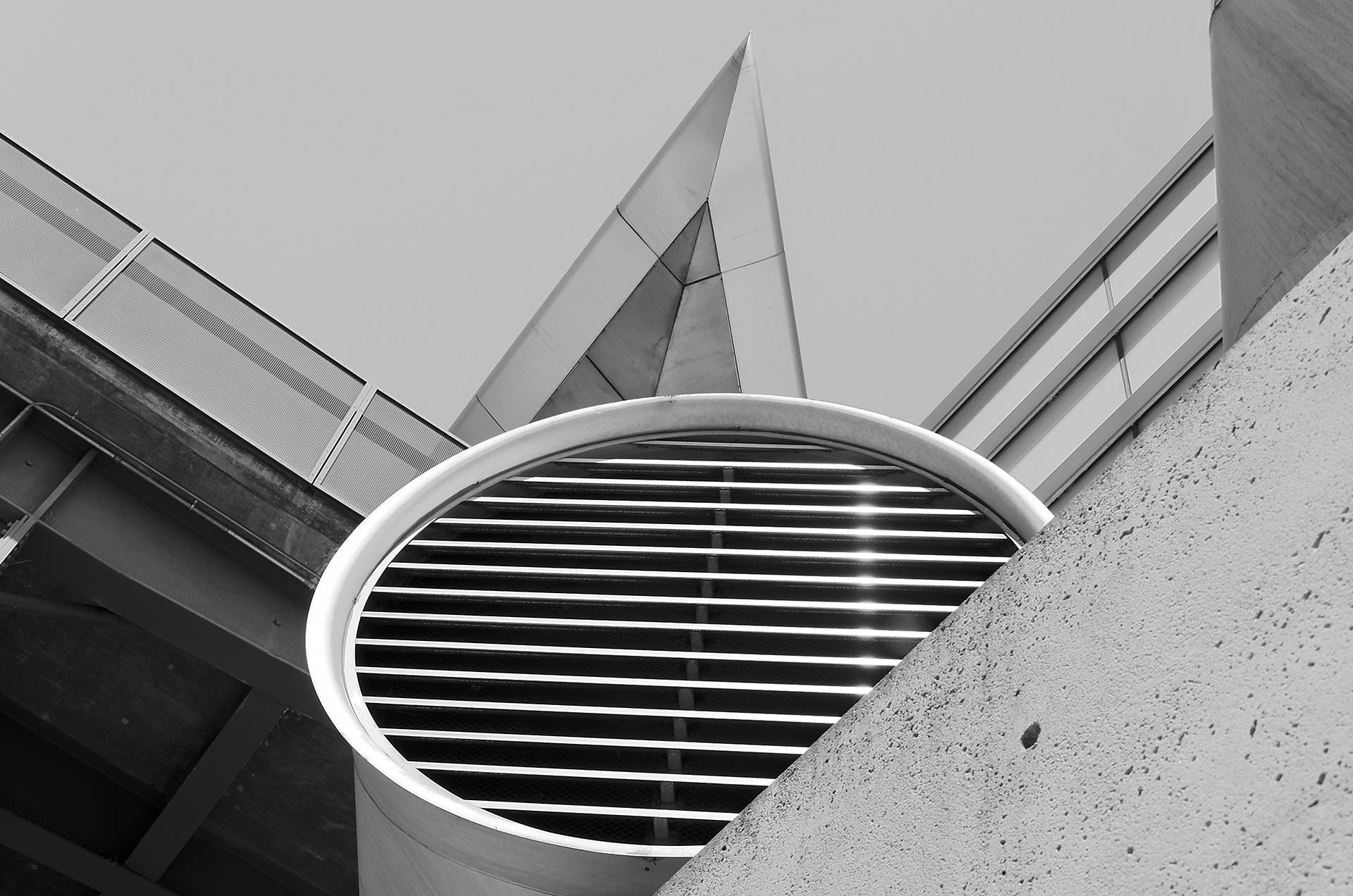 architectural-482687.jpg