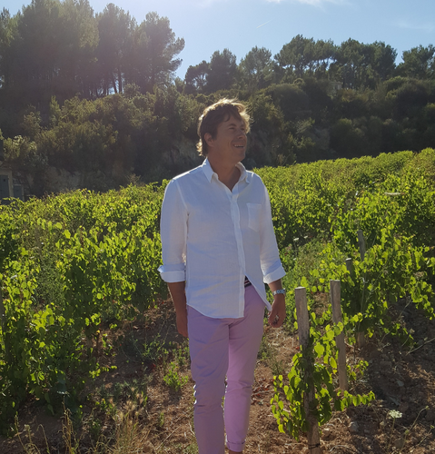Eric de Saint Victor, master of Rosé, in his Bandol Vineyards