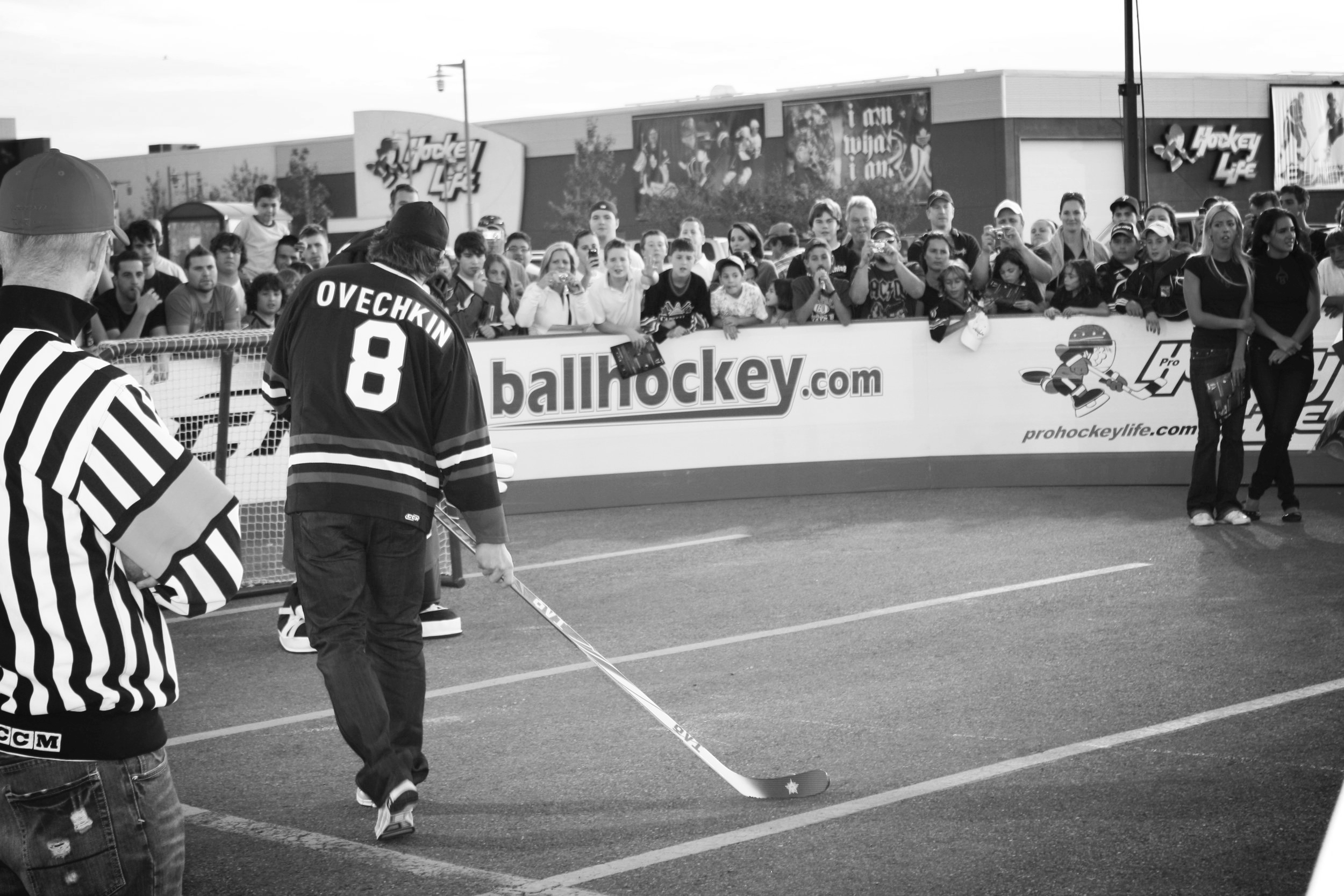 NHL Superstar Alexander Ovechkin plays ball hockey with Barrie Ball Hockey Club youth.