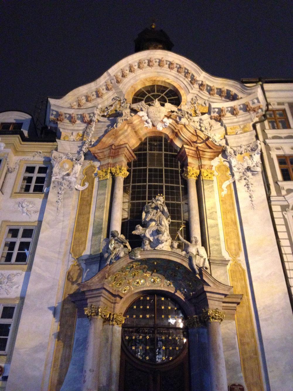 Munich-architecture2.jpg