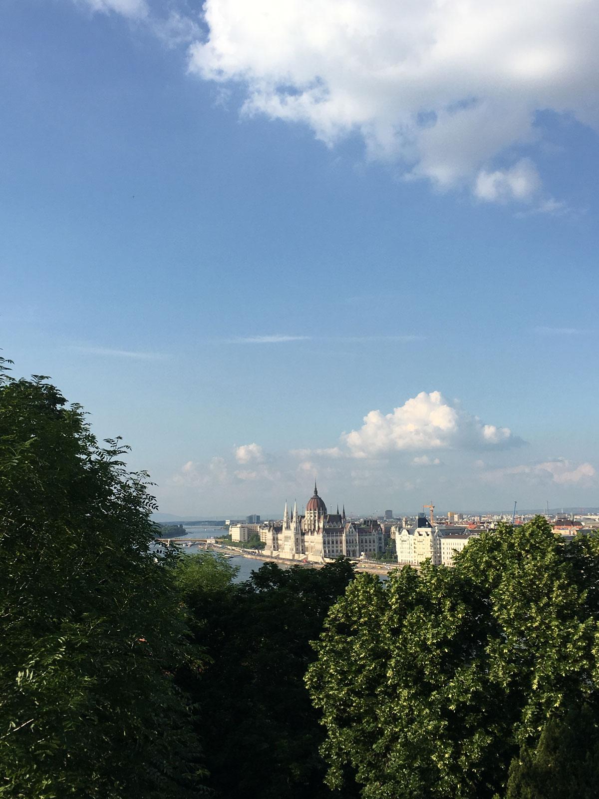 budapest_parliament5.jpg