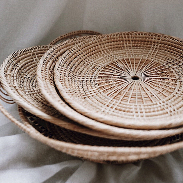 the-wilderpeople-olive-and-iris-rattan-plates.jpg