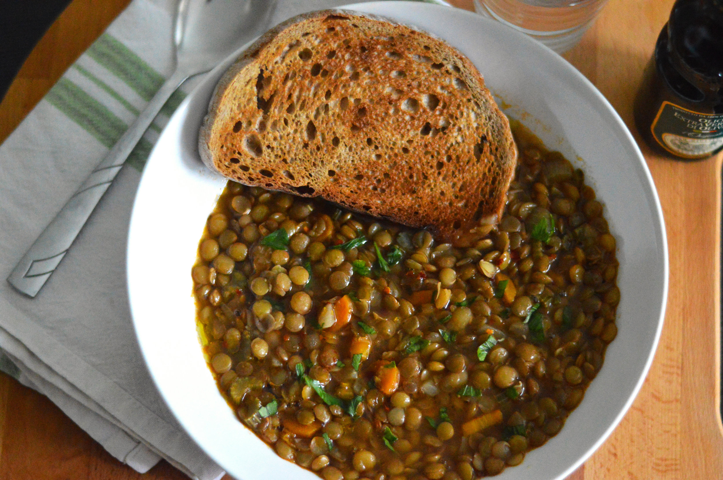 Puy Lentil Soup - This simple lentil soup recipe is hearty, vegan and gluten free! This tasty soup can be ready and on your table within 1 hour making it a great soup to keep in your arsenal of recipes.