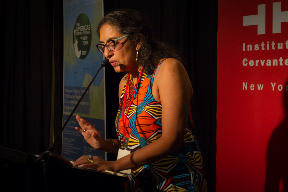 Valladares receives Poet of the Year