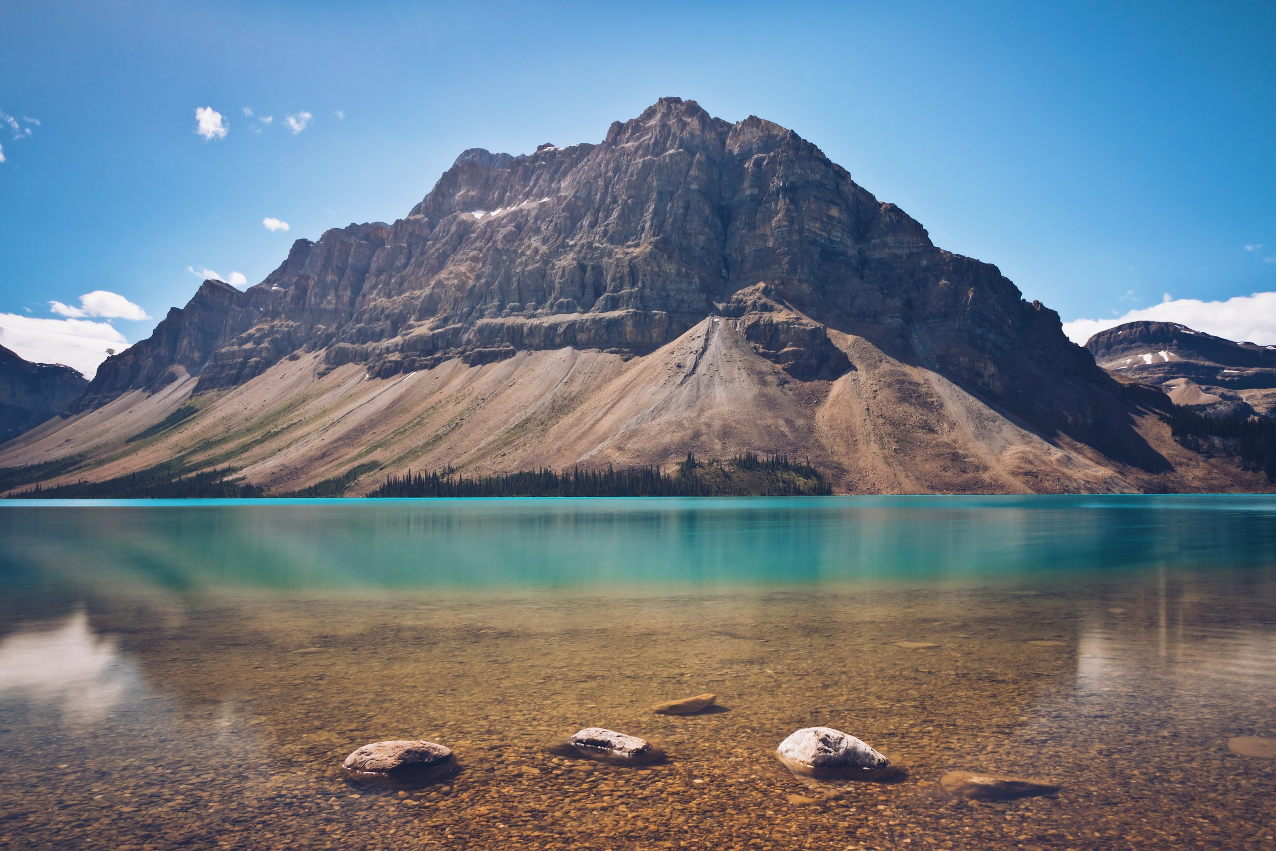 Bow Lake and Crowfoot Mountain - Banff National Park