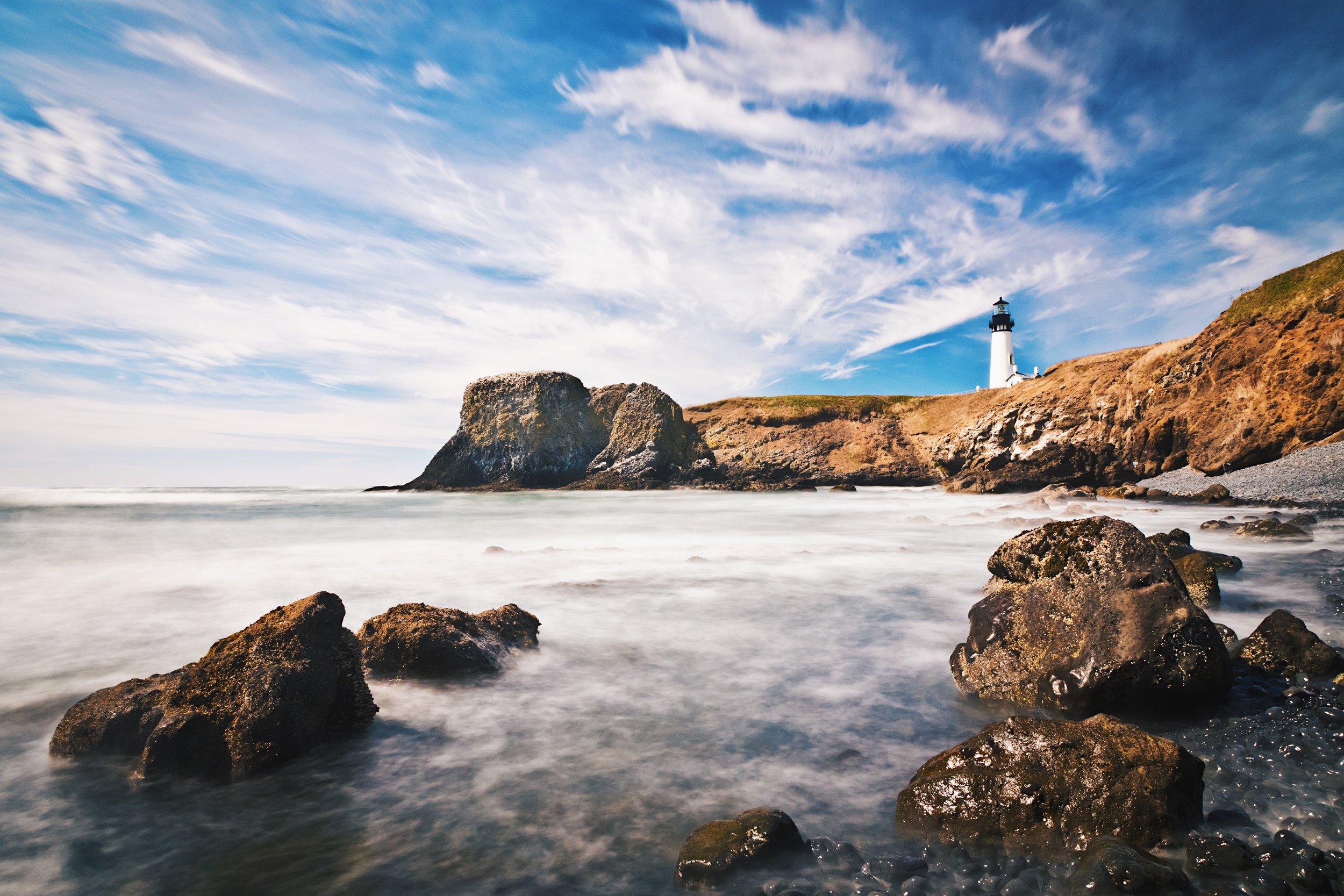 Yaquina Head Lighthouse - Cobble Beach - Oregon