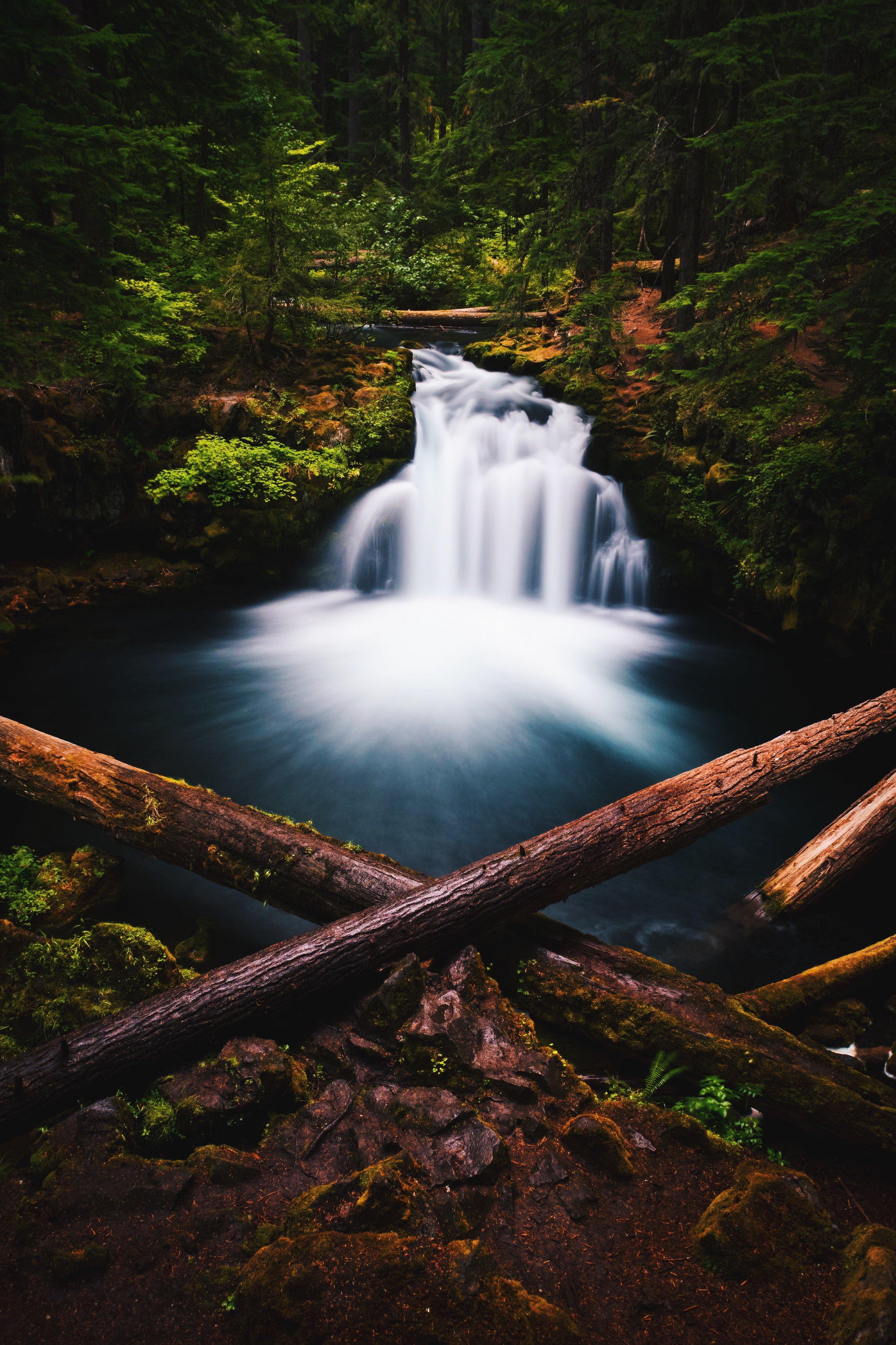Whitehorse Falls - Oregon