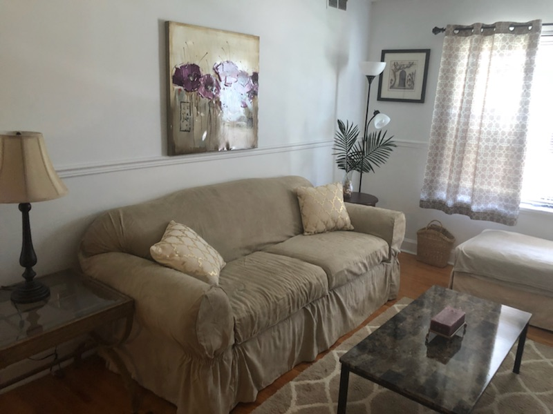 livingroom 3.jpg