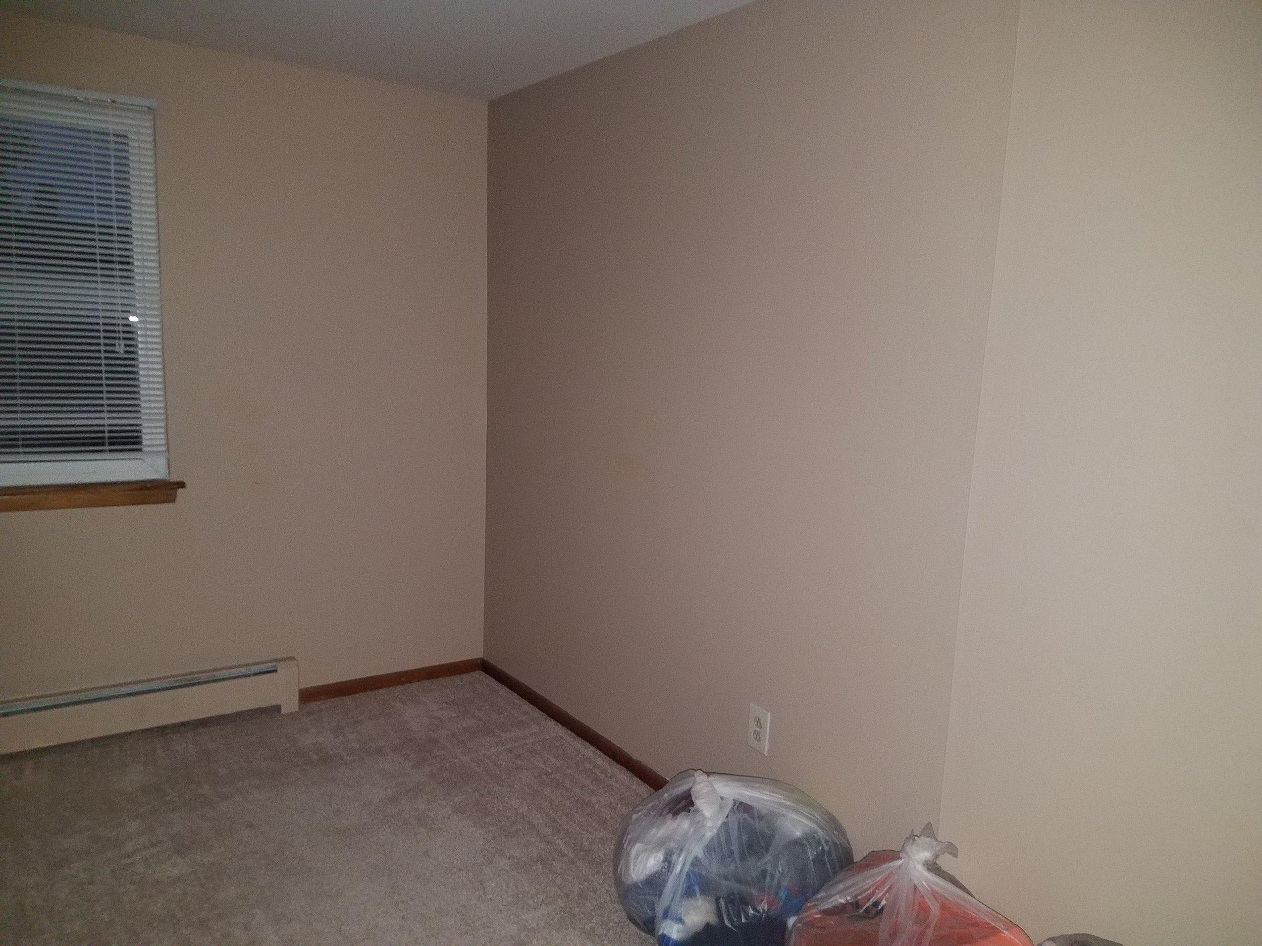 Bedroom before 4.jpg