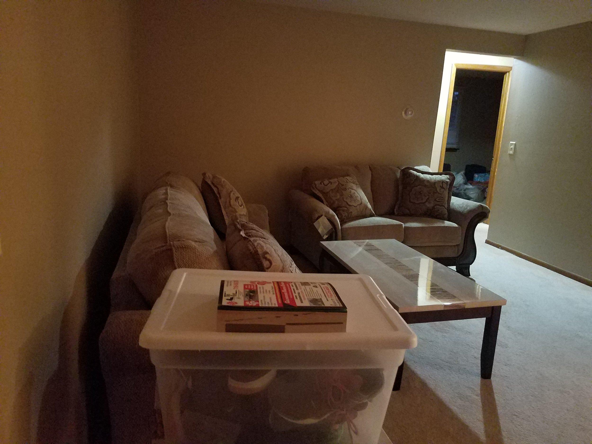 Livingroom before 1.jpg