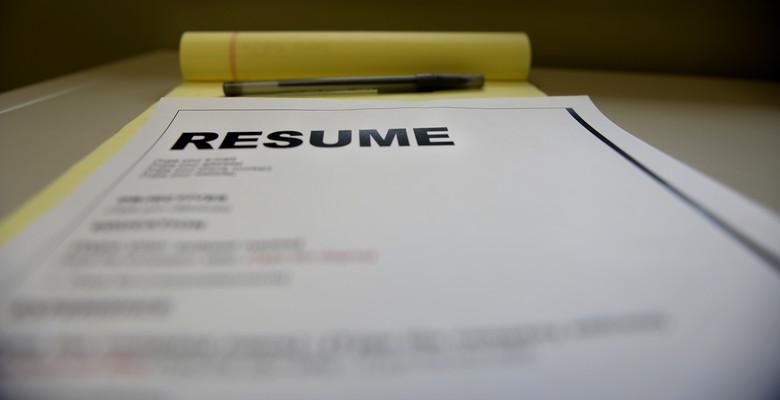 Resumes -