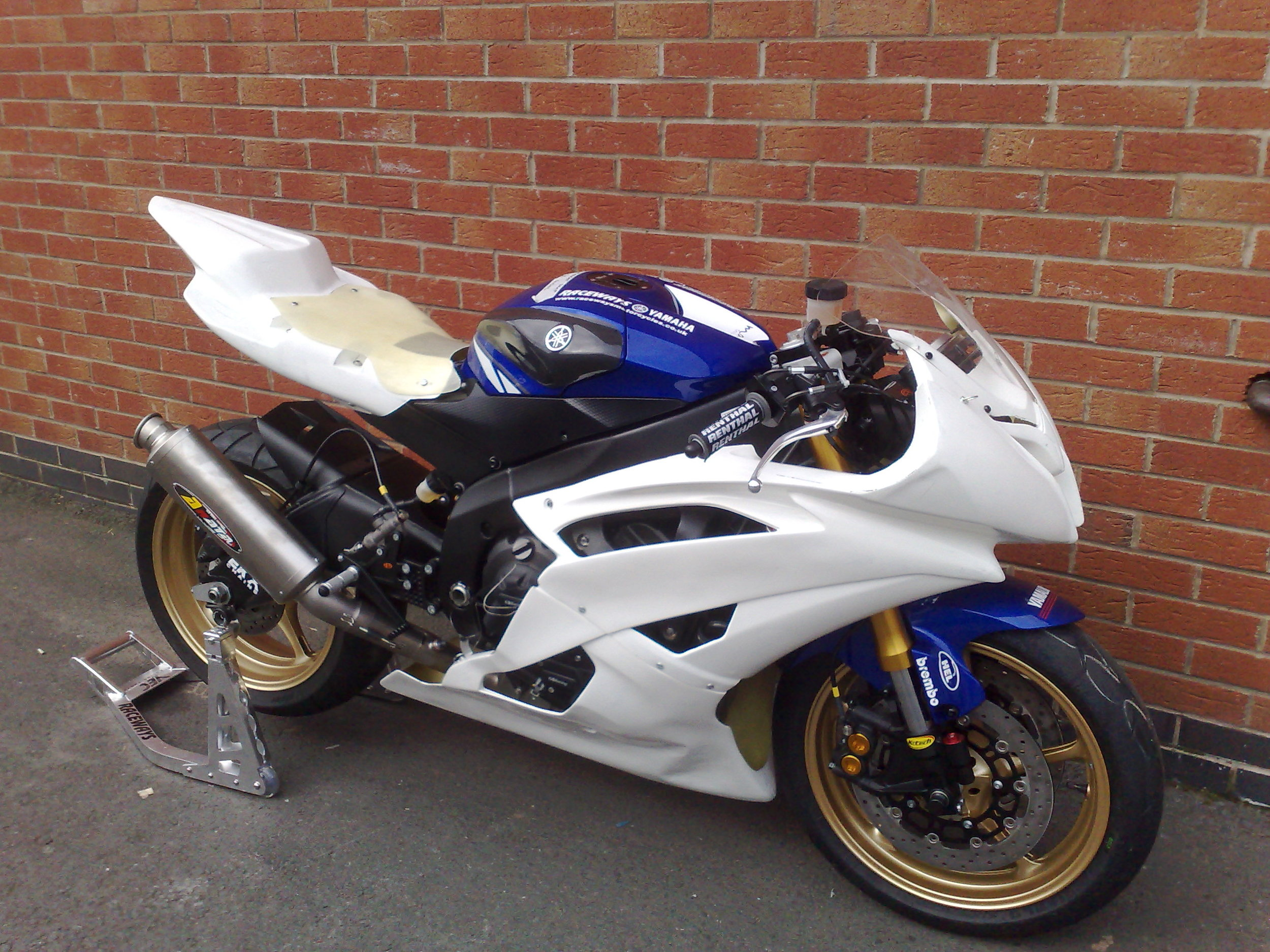 R6 08 RACE FAIRINGS.jpg