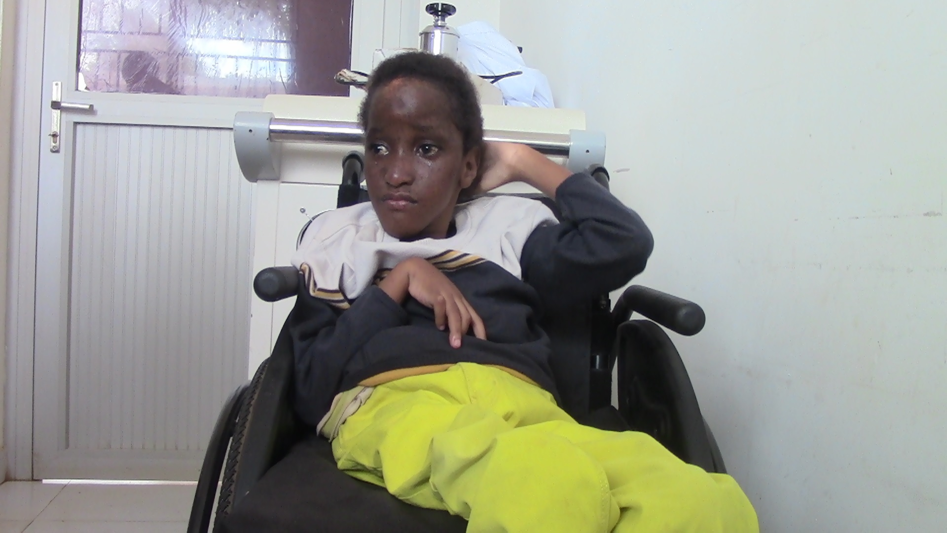 Pacifique in the new wheel chair.jpg