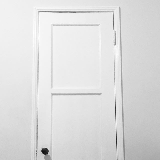 Flat Door #worldtravel #architecturelovers #architecturephotography #architectureporn #inspired  #architecture #photography #photographer #photooftheday #photographylife #photographysouls #photobooth #inspiration #inspirationalpics #pic #eyewear #fashion #fashiondesigner #fashionista #art #artist #installation #artinspiration #artinstallation