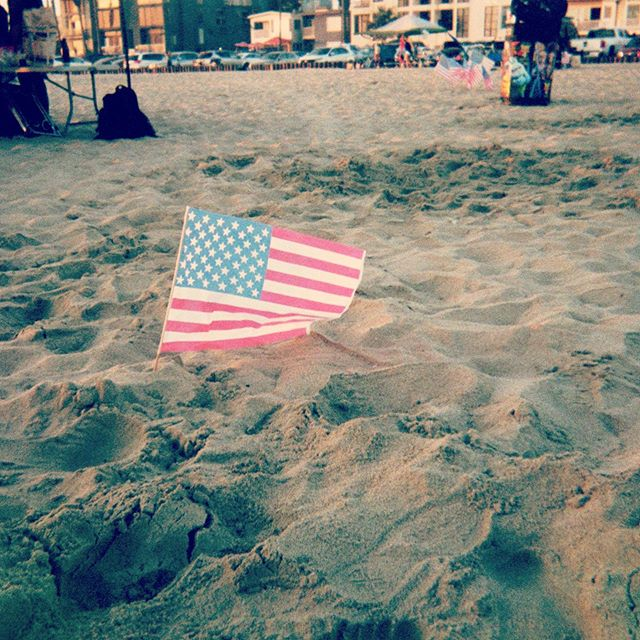 Beach and Flag.  #worldtravel #architecturelovers #architecturephotography #architectureporn #travel #travelphotography #architecture #photography #photographer #photooftheday #photographylife #photographysouls #photobooth #inspiration #inspirationalpics #Celebration #happyfourthofjuly