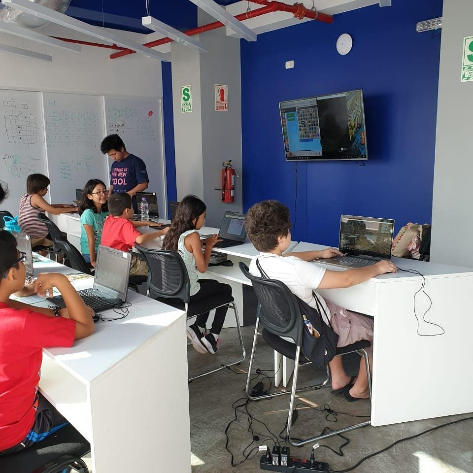 Juega y aprende con Minecraft for Education