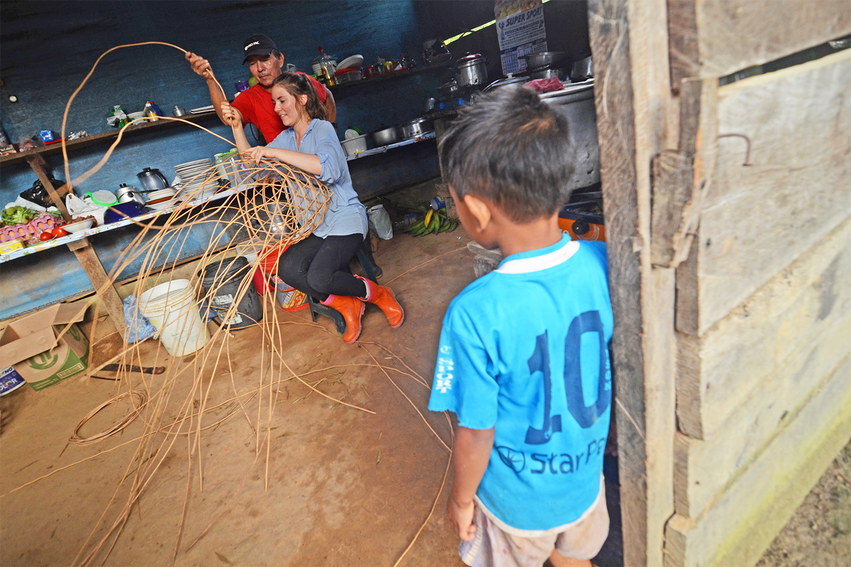 Peru basket weaving FLA_6280_ed.jpg