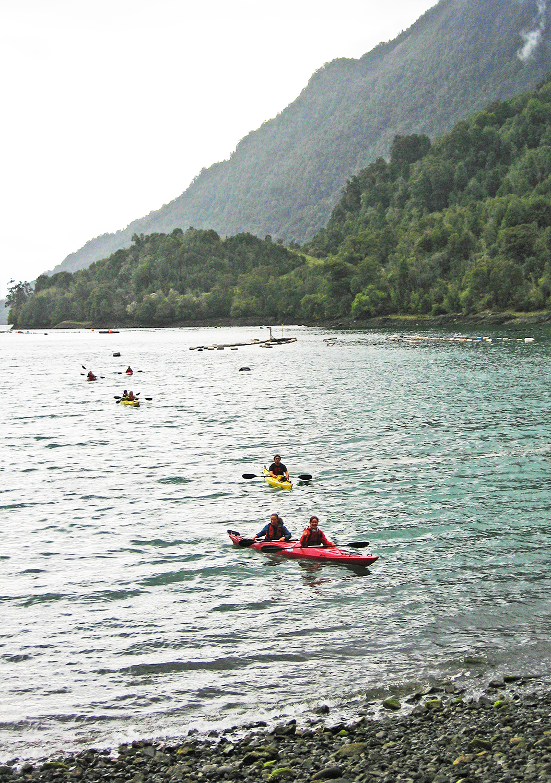 Chile Kayak fjords.jpg