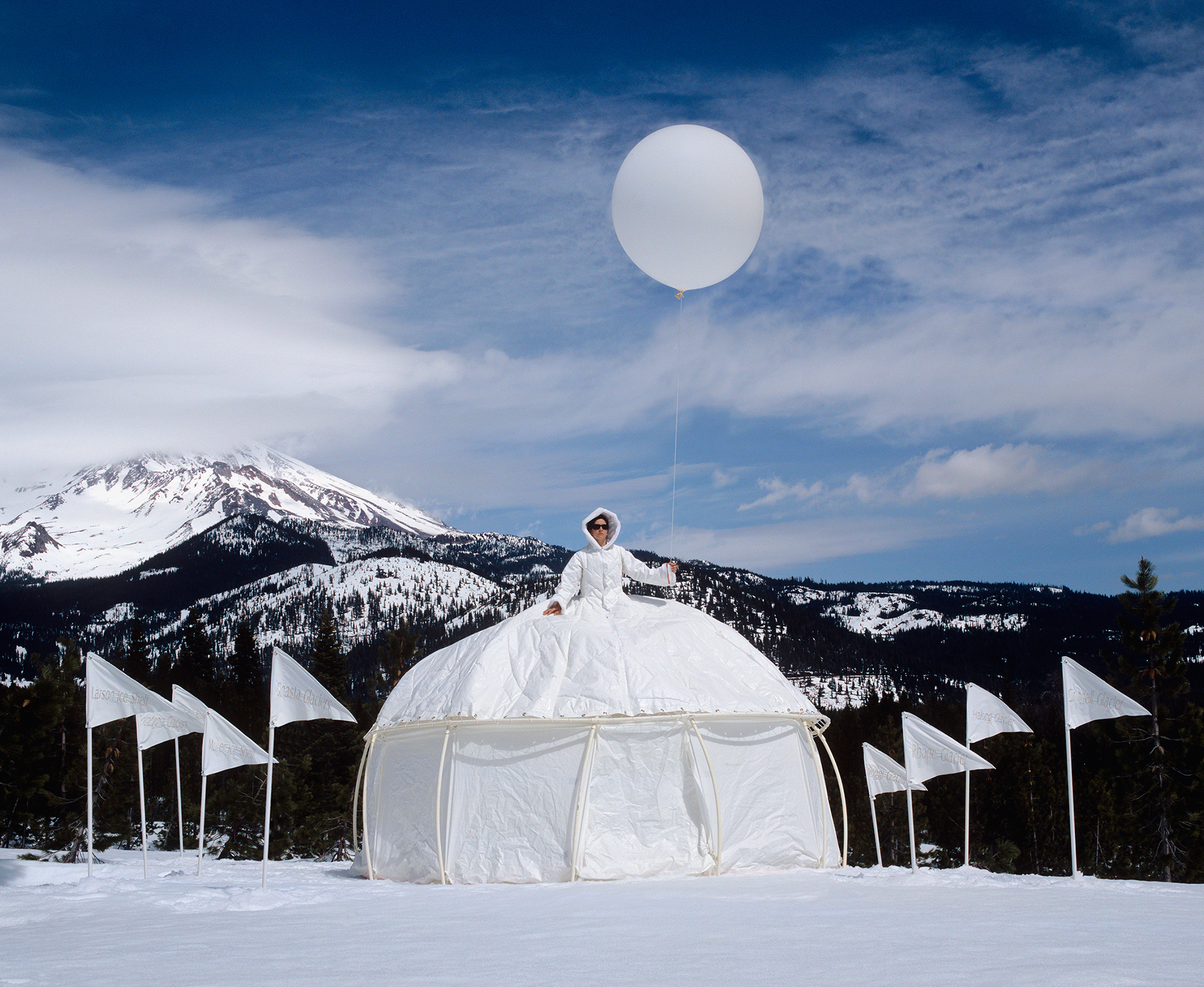 ICE QUEEN: GLACIAL RETREAT DRESS TENT