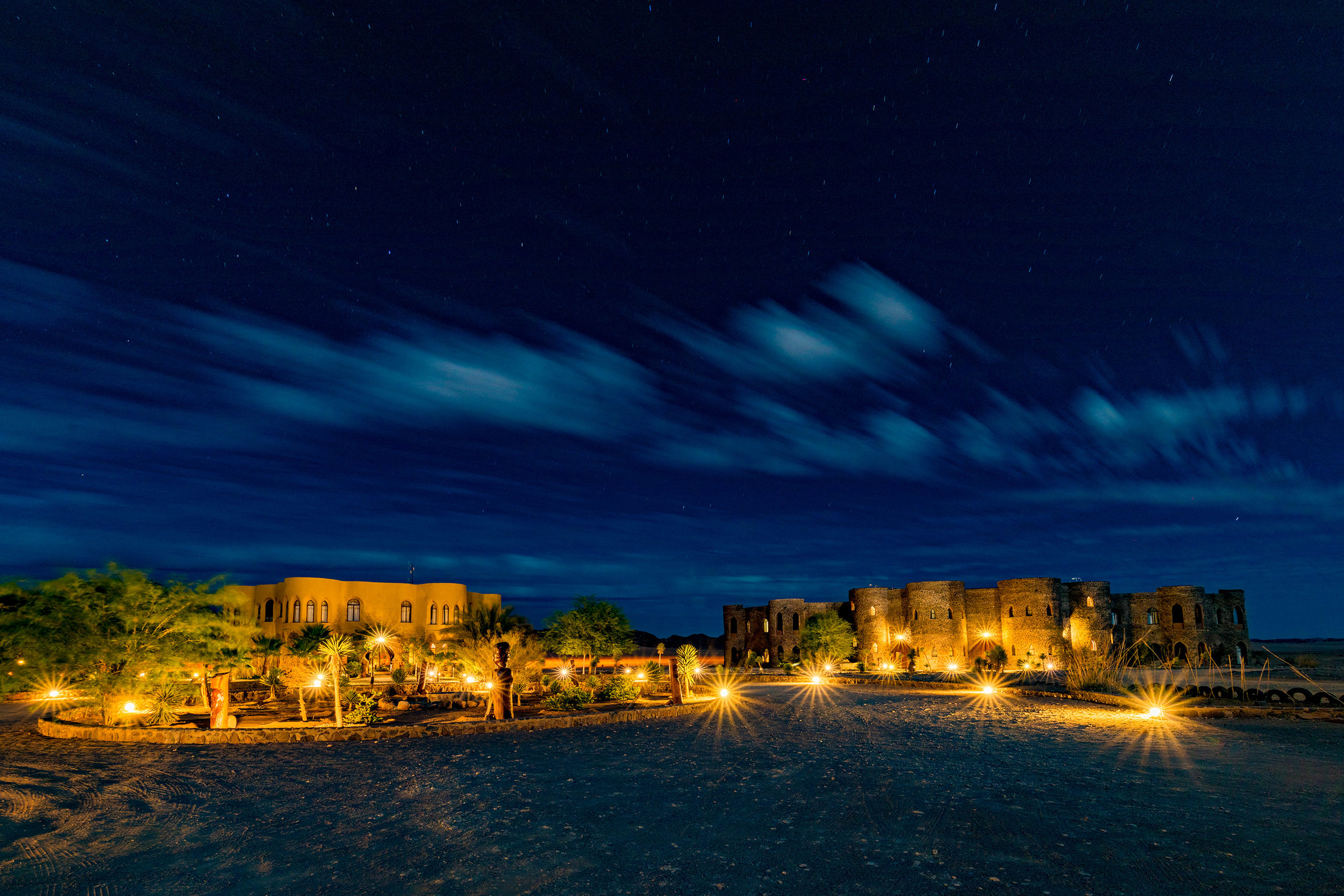 Le Mirage Resort and Spa