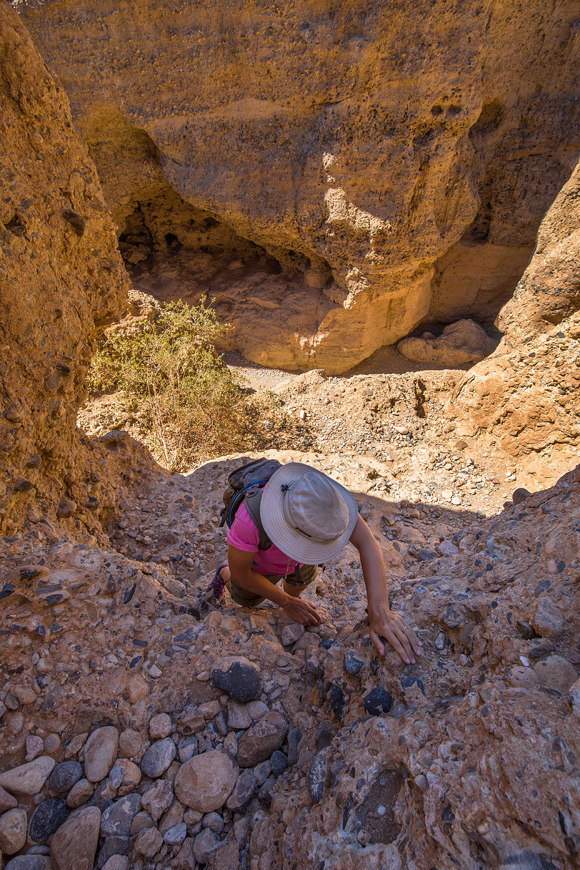 We ledged out when we were still about 20 feet off the canyon floor and had to climb back up.
