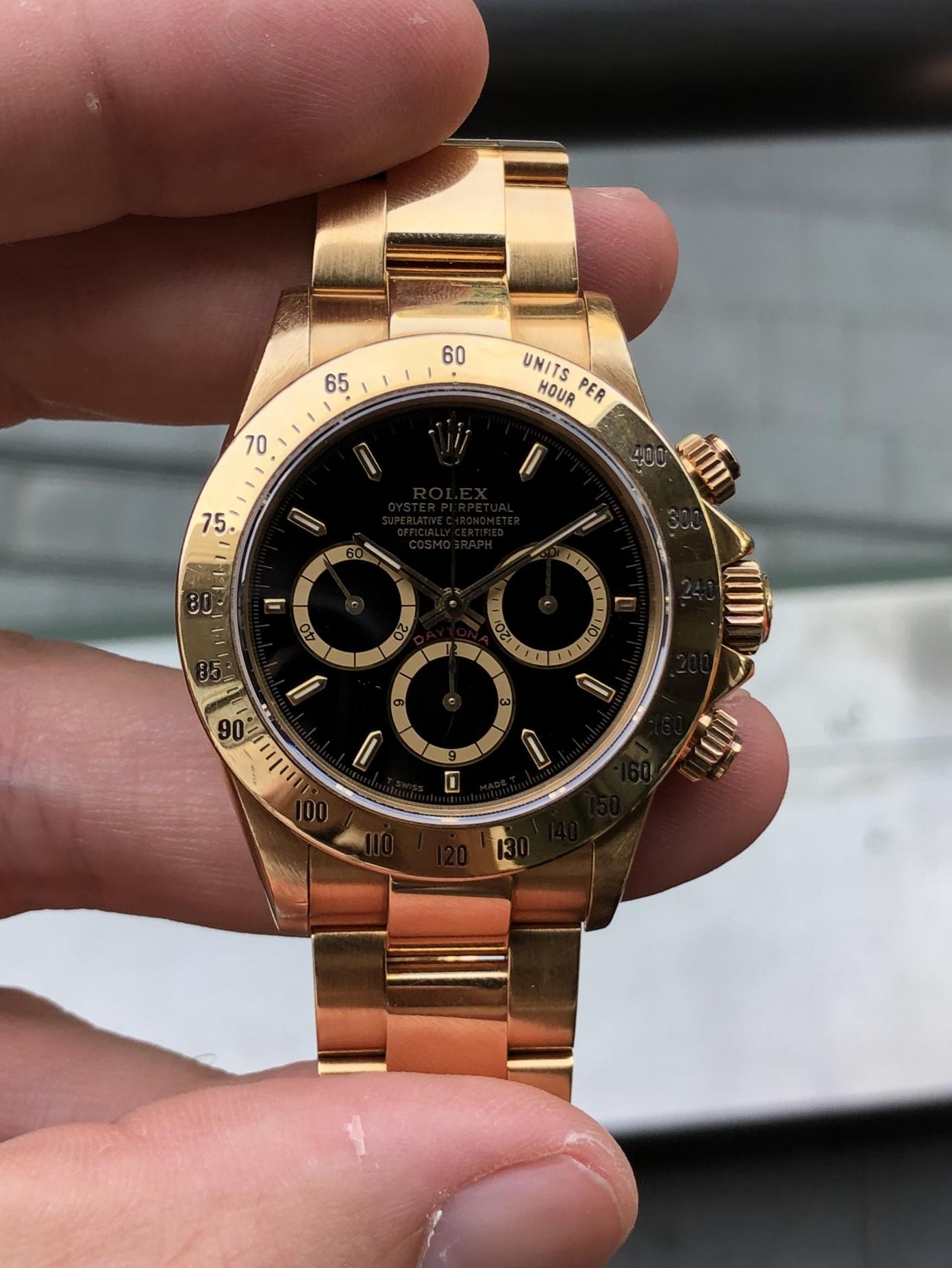 buy popular fc778 ee614 Rolex Daytona 16528 18K Yellow Gold - 1991 — WATCH VAULT