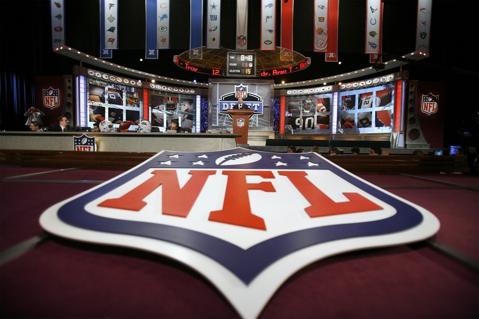 NFL image.jpg