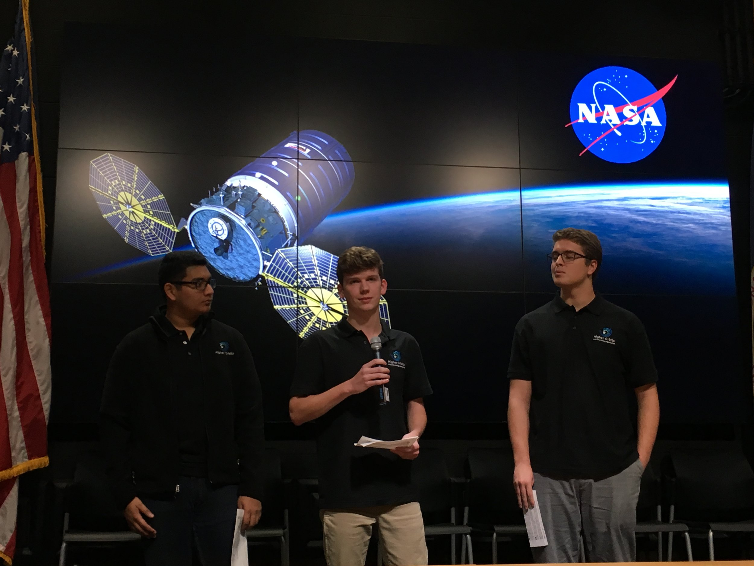 High school students from Higher Orbits introduce their experiment on self-healing composites.