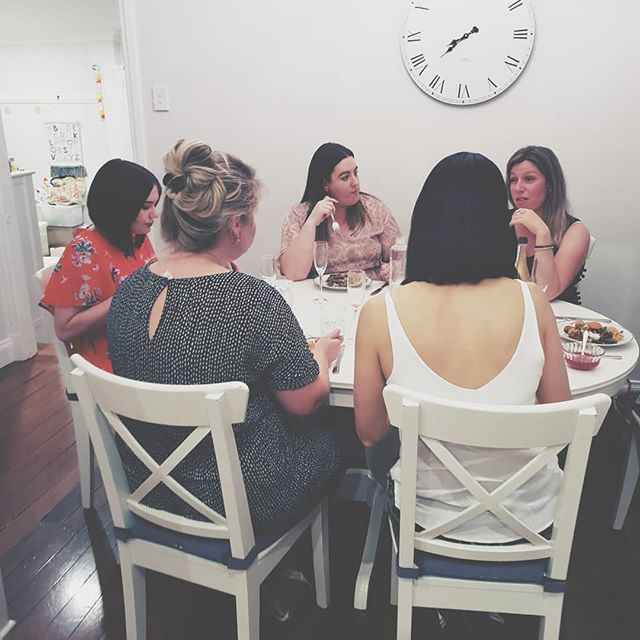 🌟 DINNER & DREAMS 🌟  Last night, these 5 girls and I got together for dinner around my dining table. We polished off 4 bottles of prosecco, got personal (like, really personal), laughed ridiculously hard and we dreamed BIG.  It was kinda special.  I love my job, I love these women and I love doing this together!  Big love to Carla Anika Melissa Amber & Emma for giving me all the feels last night. I hope you had as much fun as I did.  Also big shout out to my amazing husband Jess who cleaned our mess and did all the dishes whilst we lounged and laughed.  Until the next one... ❤
