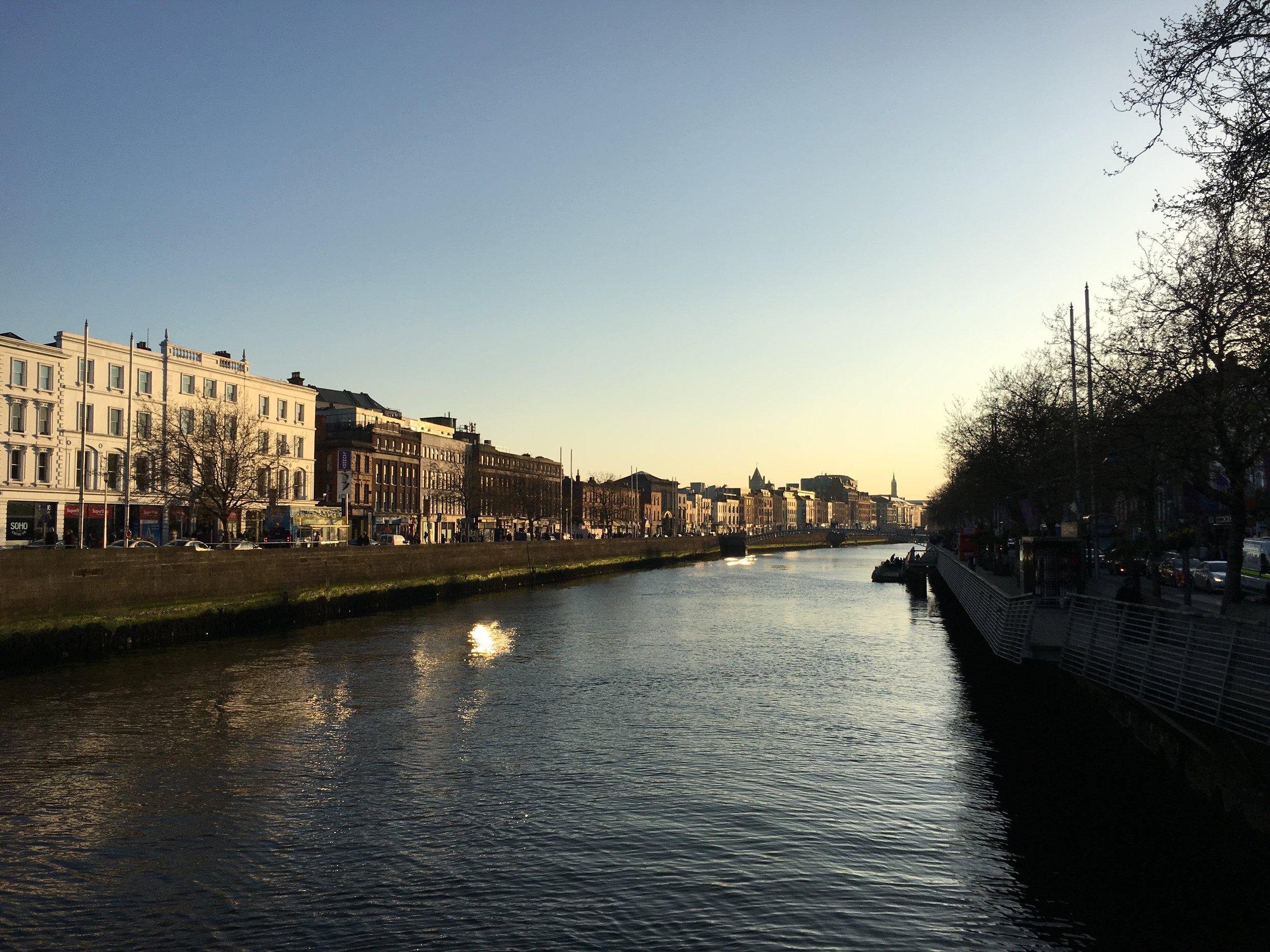 Dublin_River Liffey.JPG