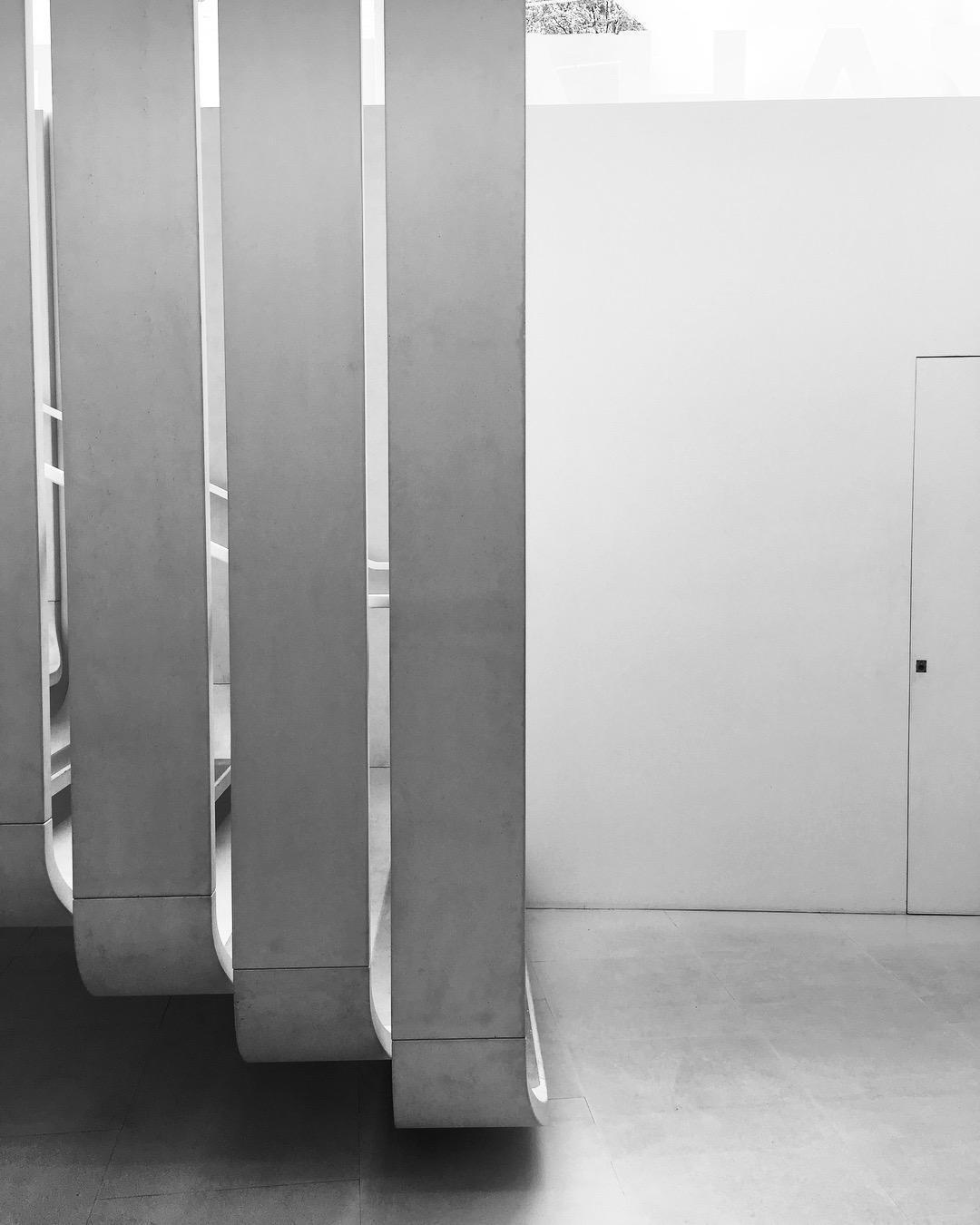 London_Zaha Hadid Gallery.JPG
